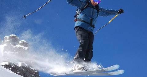 Skier en été sur les glaciers de France