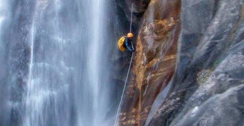 Canyoning, photo de Oxygen-Aventure.com