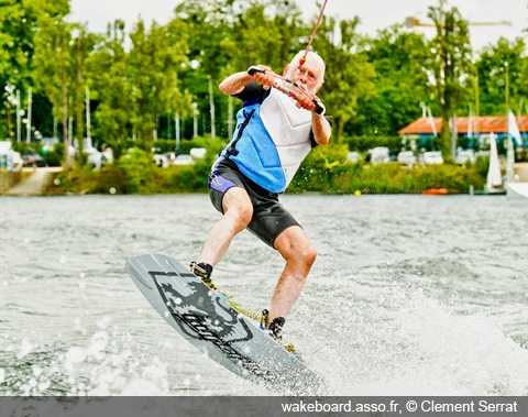 Wakeboard, source http://wakeboard.asso.fr,© Clement Serrat