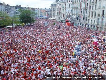 Les fêtes de Bayonne, source : bayonne-tourisme.com
