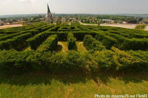 Labyrinthe végétal à Saint-Martin-de-Boscherville